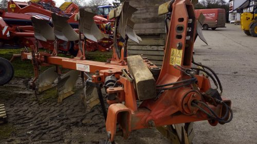 Gregoire-Besson reversible plough